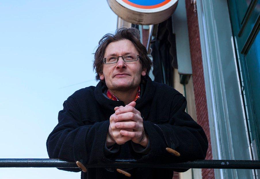Bio van tekstschrijver en schrijfcoach Igor Wijnker